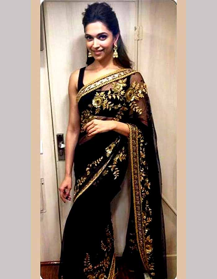 Deepika Padukone Poses In Sexy Saree - More Indian Bollywood Actress And Actors-1666