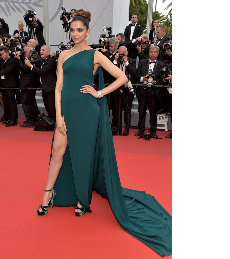 Indian Actresses At 2017 Cannes Film Festival - More Indian Bollywood Actress And Actors-4858