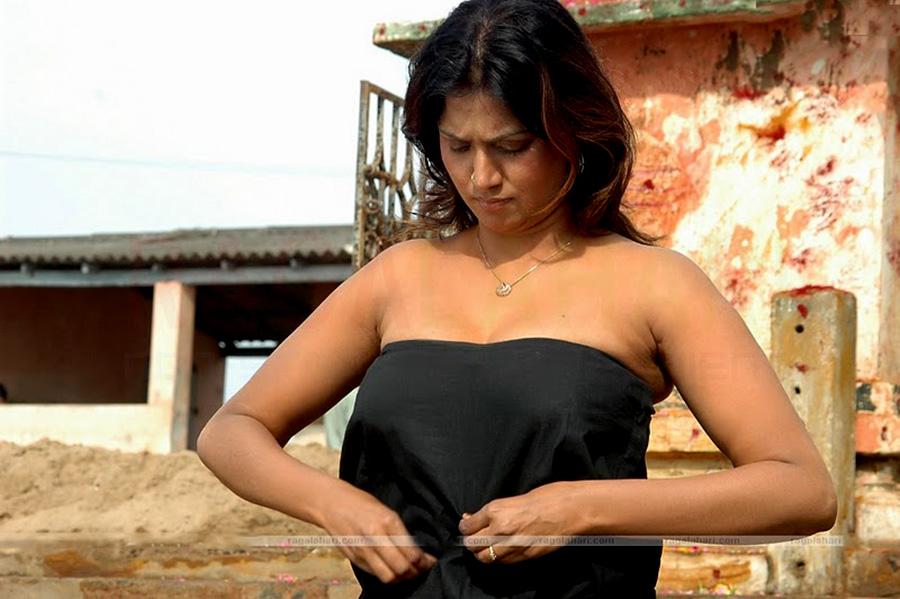 advice-nude-photos-of-bhuvaneshwari