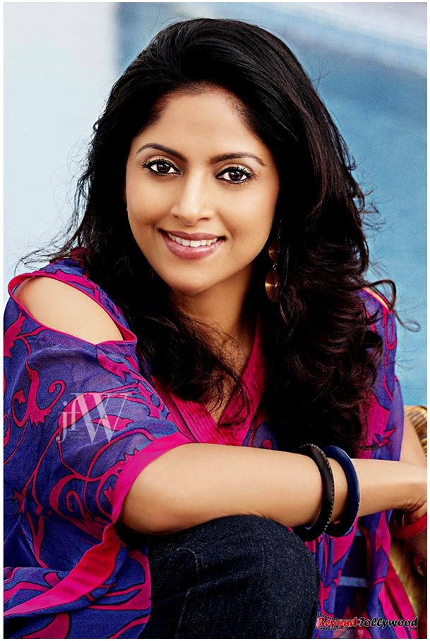 Nadhiya Sexy Photos - More Indian Bollywood Actress And Actors-1727