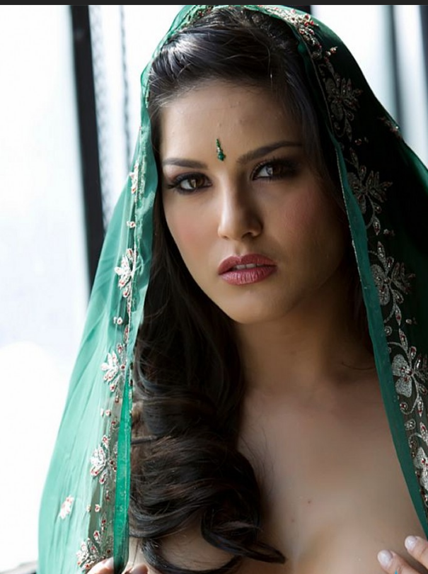 Sunny-Leone-In-Green-Saree-010 - More Indian Bollywood Actress And Actors-5914
